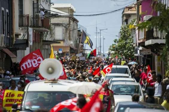 Chlordécone: la Martinique se mobilise contre