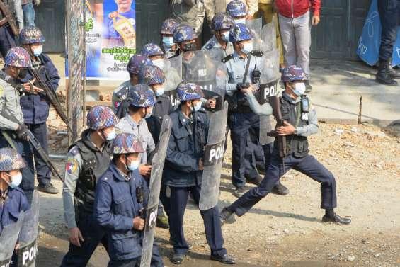Imbroglio sur qui représente désormais la Birmanie