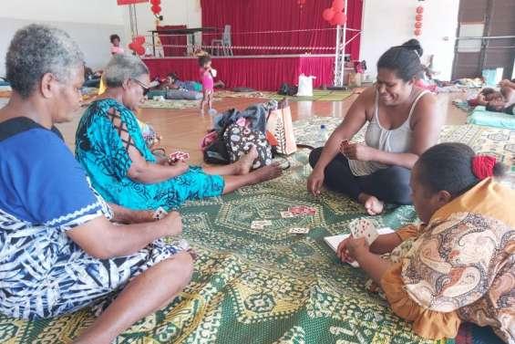 La longue attente de Niran dans les centres d'hébergement de Nouméa