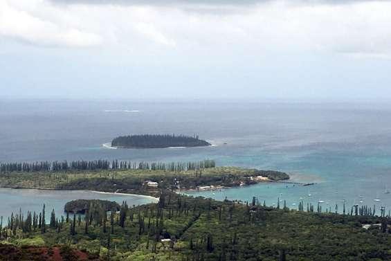 La grande chefferie de l'île des Pins rappelle l'interdiction des déplacements