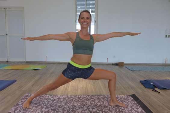 Amandine Valayer partage sa passion pour le yoga qui lui a sauvé la vie
