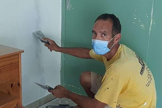 Denis, artisan BTP, continue à travailler malgré le confinement