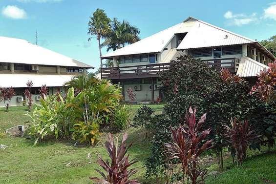 Des étudiants vanuatais crient famine à Fidji