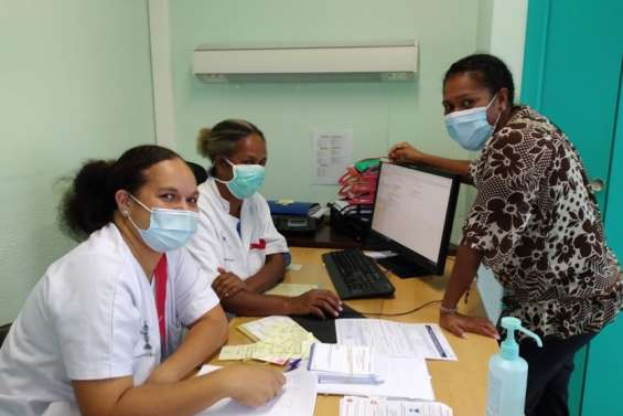 Près de 120 personnes vaccinées, mardi, au dispensaire