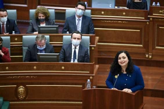 La juriste réformiste Vjosa Osmani élue présidente