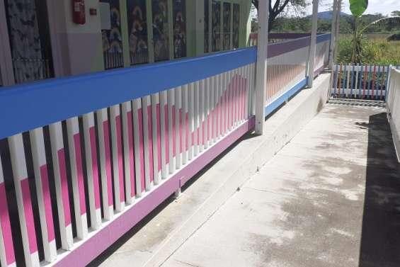 Des peintures fraîches réalisées durant le confinement à l'école Notre-Dame