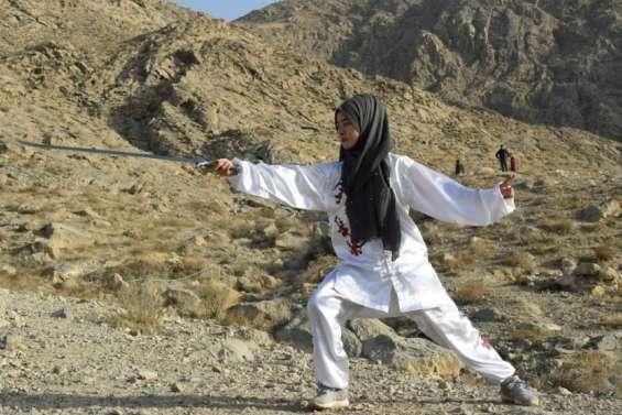 Pakistan: les arts martiaux au secours des femmes hazaras