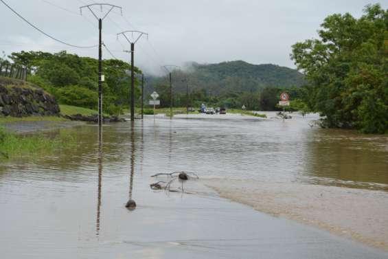 Une journée de circulation perturbée par les pluies et les rivières en crue