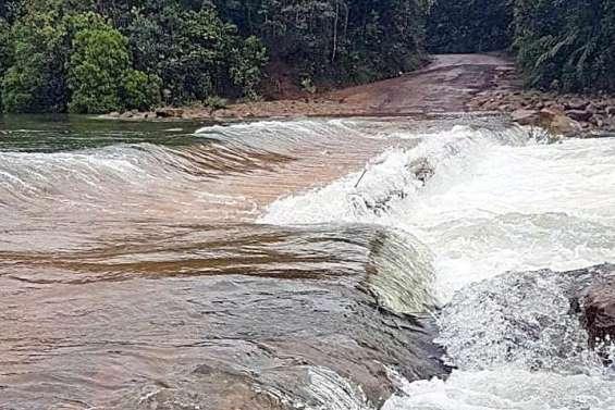 Le parc provincial de la Rivière Bleue et le site Bois du Sud fermés à cause des pluies