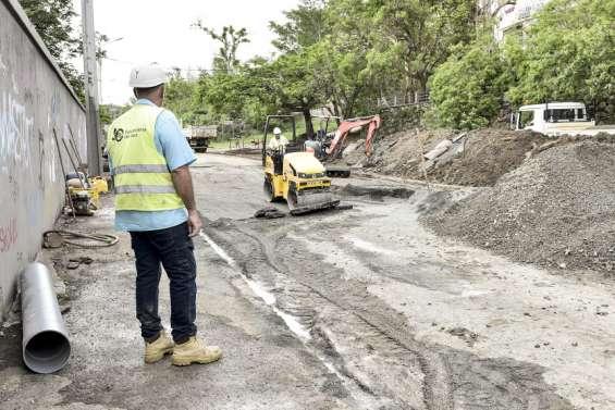 Rupture de canalisation à Nouméa, une partie du Boulevard Extérieur toujours interdit aux voitures