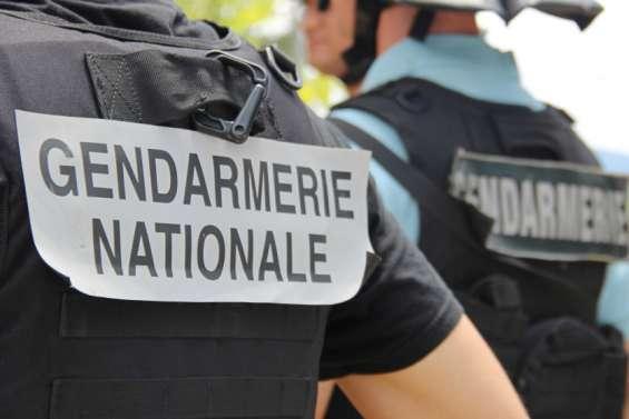Saint-Louis: véhicules et gendarmes caillassés