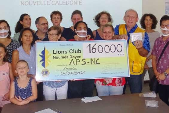 Un don de 160000francs pour financer des masques inclusifs