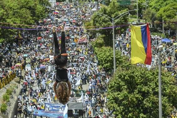 La Colombie plonge dans la violence