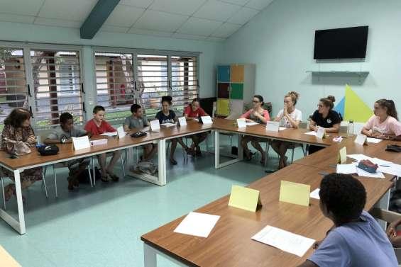 Bourail : les délégués de classe du collège Djiet en formation intensive à Poé