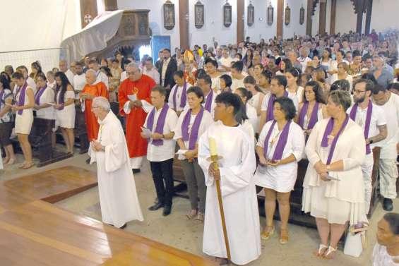 Une fête de la Pentecôteparticulière à la cathédrale de Nouméa