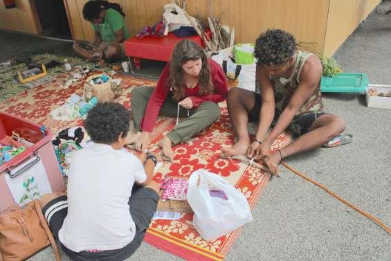 Treizième rendez-vous d'échange au complexe culturel, avec Terre de troc