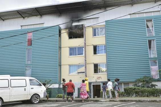 Feu d'appartement à Rivière-Salée, pas de blessé