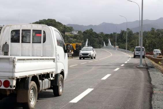 Dumbéa: le nouveau pont est ouvert à la circulation depuis ce matin