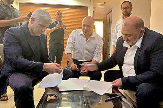 Yaïr Lapid réussit à rallier une coalition anti-Netanyahu