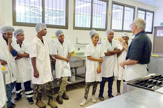 Canala : des collégiens de troisième en immersion à l'ALP de La Foa