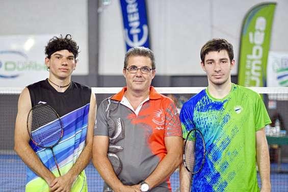 Badminton : Ronan Hô-Yagues démarre par un doublé