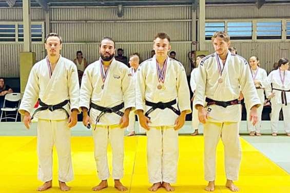 A Magenta, les champions de Calédonie de judo récompensés