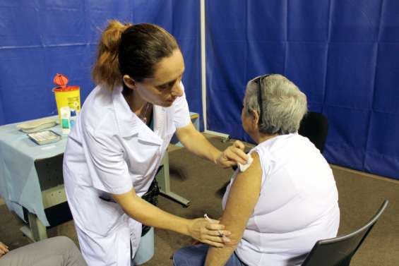 Païta: le vaccinodrome est ouvert jusqu'à 16h30 à l'Arène du sud