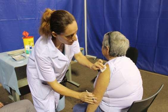 Le vaccinodromea accueilli plus de 400 personnes à l'Arène du Sud