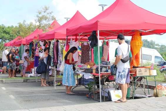 Rendez-vous au marché spécial vide-greniers samedi