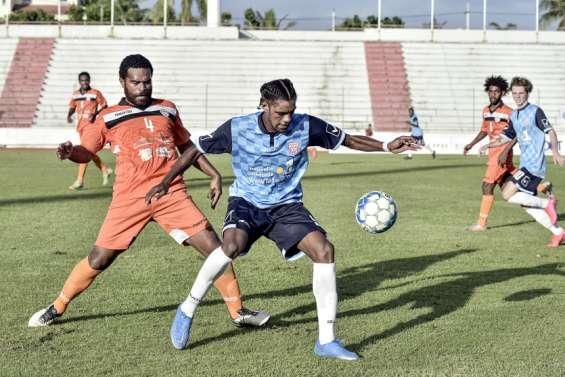 Football : Tiga conforte sa deuxième place en Super Ligue