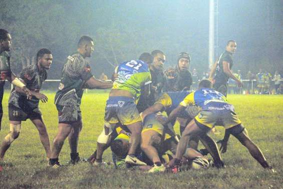 Rugby : àPaïta, Dumbéaafficheson