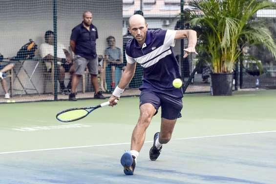 Tennis : Stotz et Moto-Nekiriai en vainqueurs