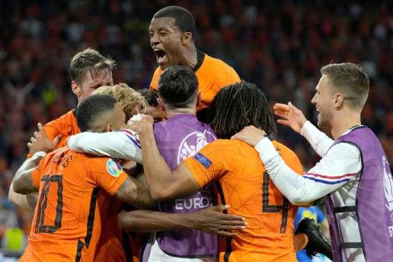 Football: les Pays-Bas se font peur mais dominent l'Ukraine
