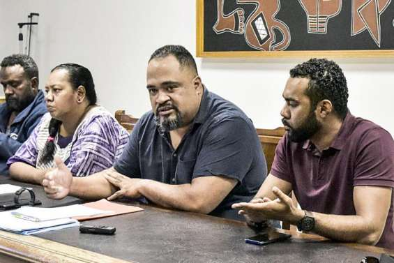 L'USTKE s'insurge contre la possibilité de licencier des salariés non-vaccinés