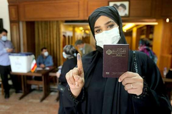 L'Iran attend les résultats de la présidentielle, Raïssi son heure