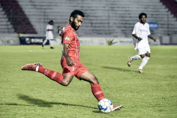 Football : Tiga s'incline, Hienghène prend le large