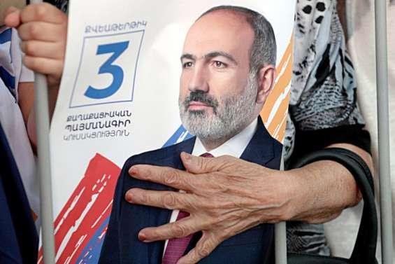 Arménie: Pachinian conforté par une large victoire aux législatives