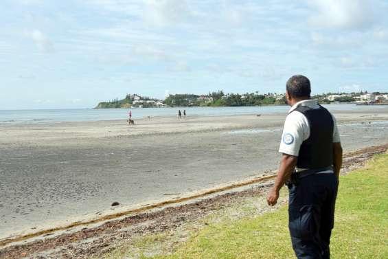 Unjeune hommetué plage de Magenta: son frèreet une autre personne suspectés