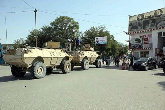 Les talibans contrôlent la principale route de sortie afghane vers le Tadjikistan