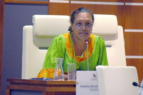 Isabelle Kaloi-Bearune (UC-FLNKS et Nationalistes): « Il faut y aller»