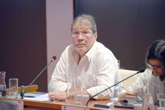 Philippe Michel (Calédonie ensemble): « Reprendredes discussionsutiles»