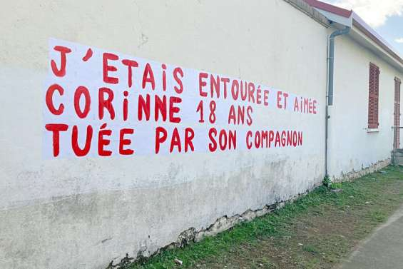 Des messages sur les murs pour dénoncer les féminicides