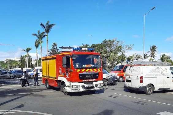 Nouméa: collision sur l'avenue de la Victoire, la circulation fortement perturbée