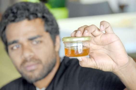 Le miel, un délice local qui se déguste à l'aide de ses trois sens
