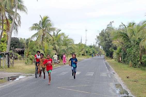 Élèves et collégiens courent le cross ensemble