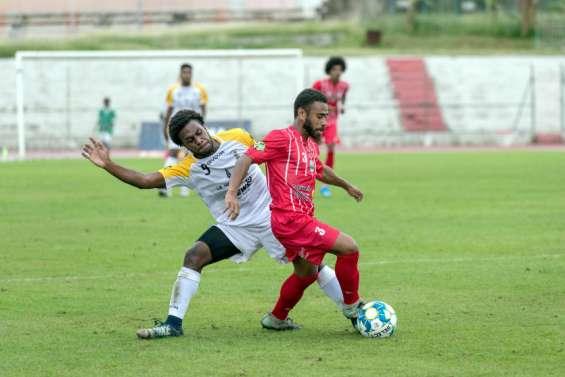 Football: Tiga accroché par Magenta