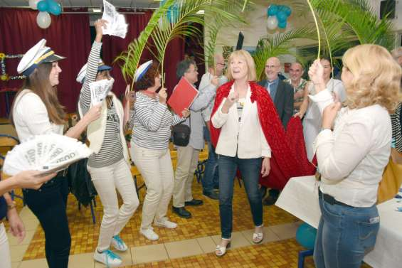 Le collège de Magenta salue sa principale Patricia Le Rohellec
