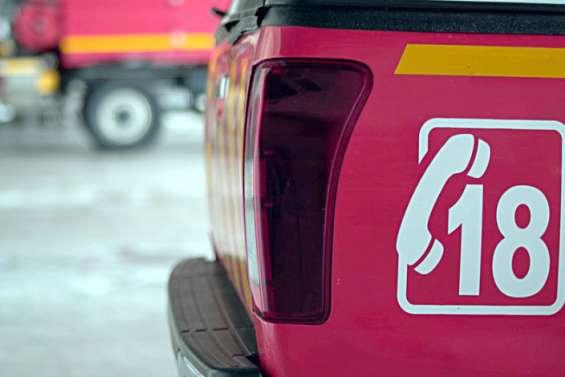 Véhicule en feu sur la RP1 et coupure d'électricité
