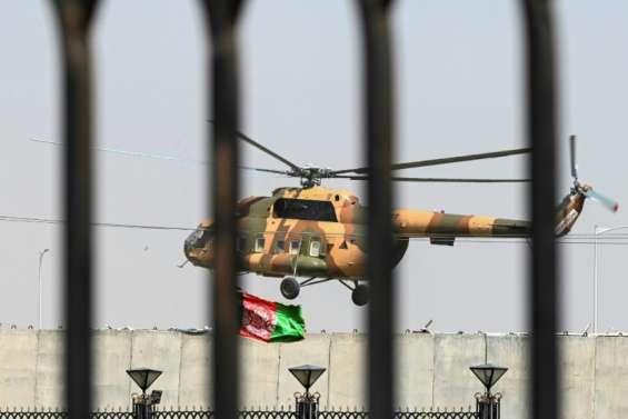 Afghanistan: poursuite des combats pour empêcher les talibans de s'emparer de grandes villes