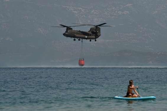 Grèce: les pompiers luttent pour maîtriser deux incendies importants
